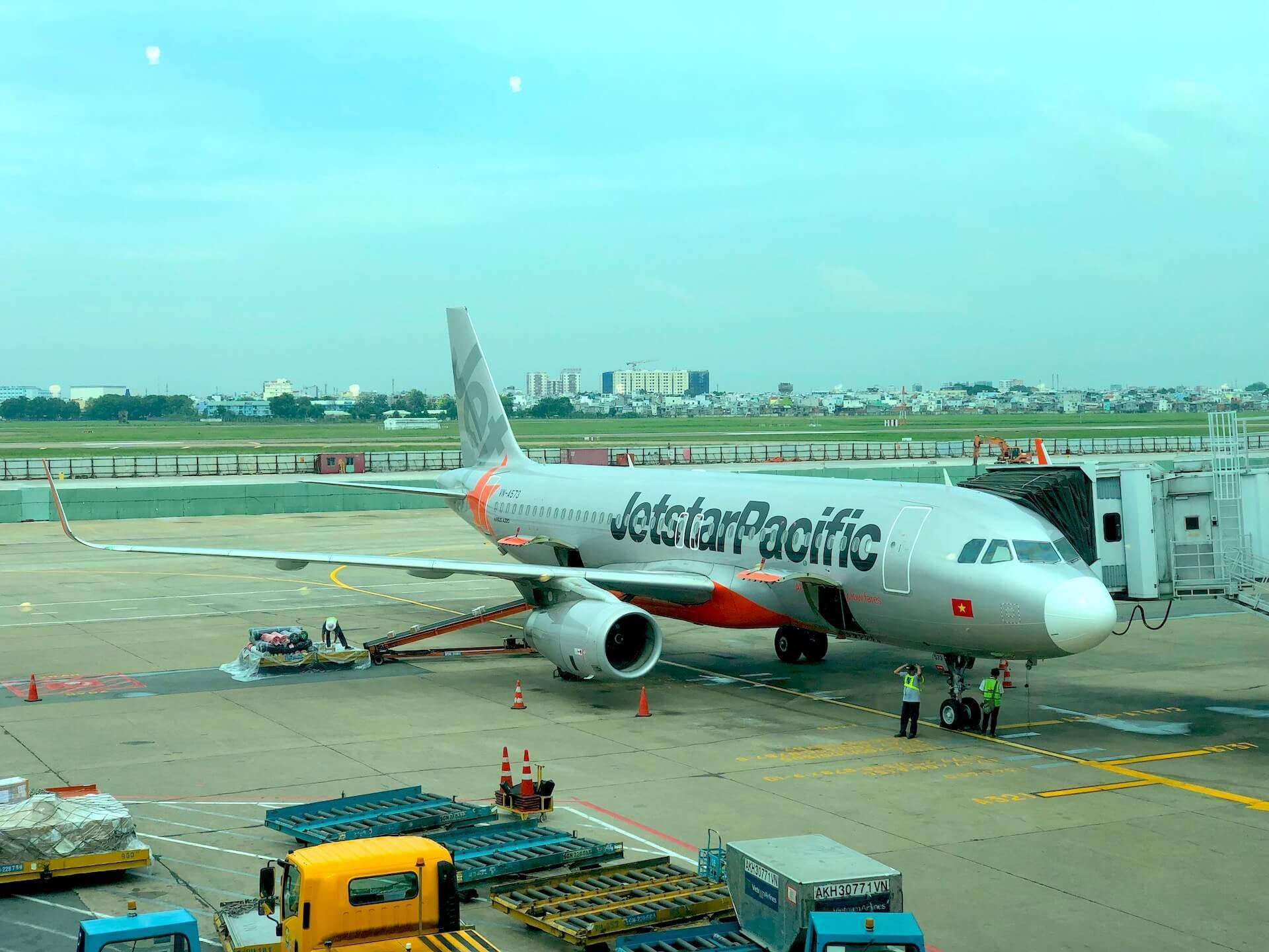 Jetstar Pacific Air - Airbus A320 Saigon