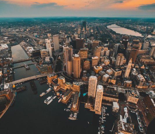 Star Alliance nach Nordamerika- Boston ab 158€ Return (mit Barcelona kombinieren)