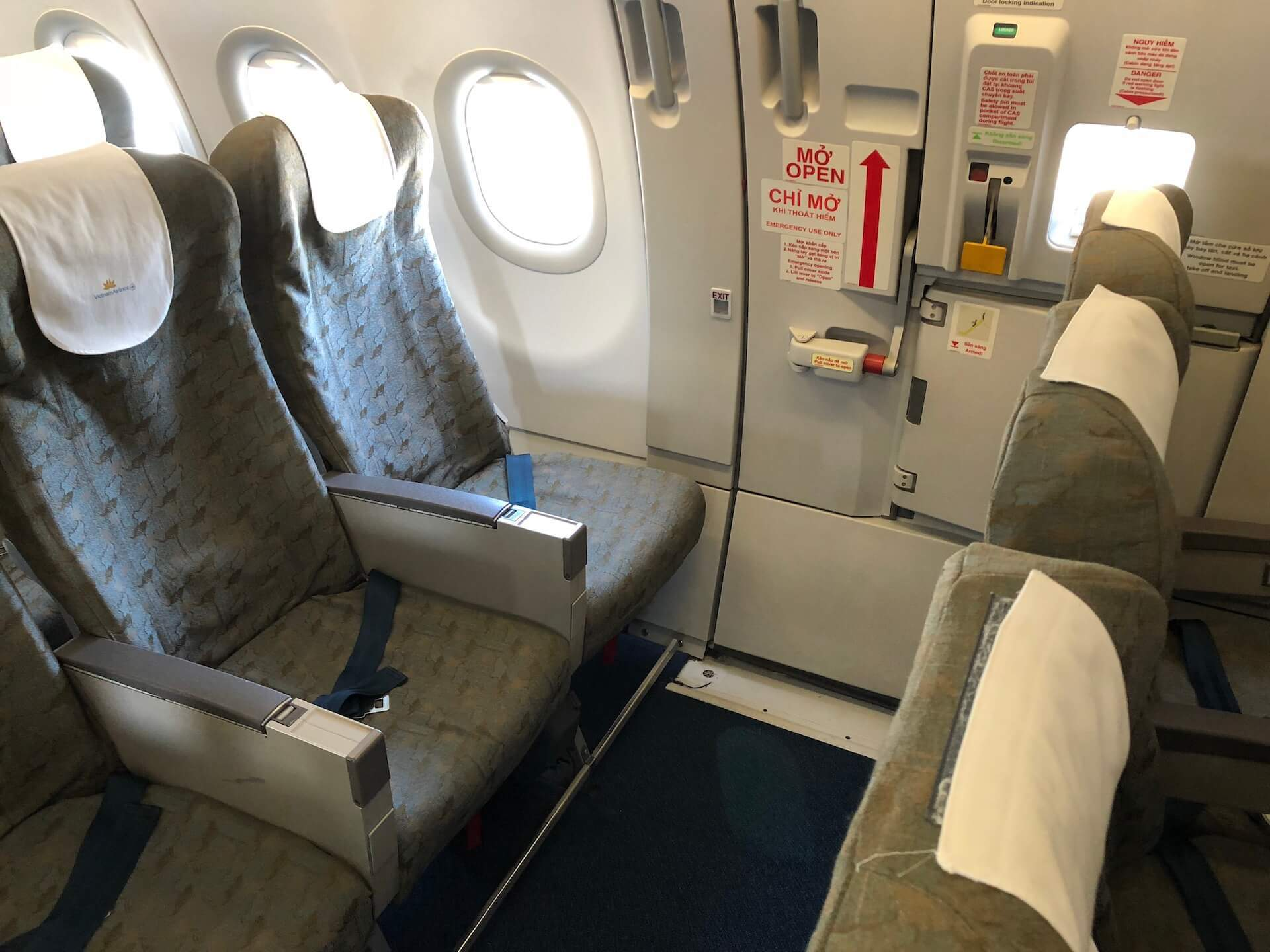 Vietnam Airlines A321 Exit-Row