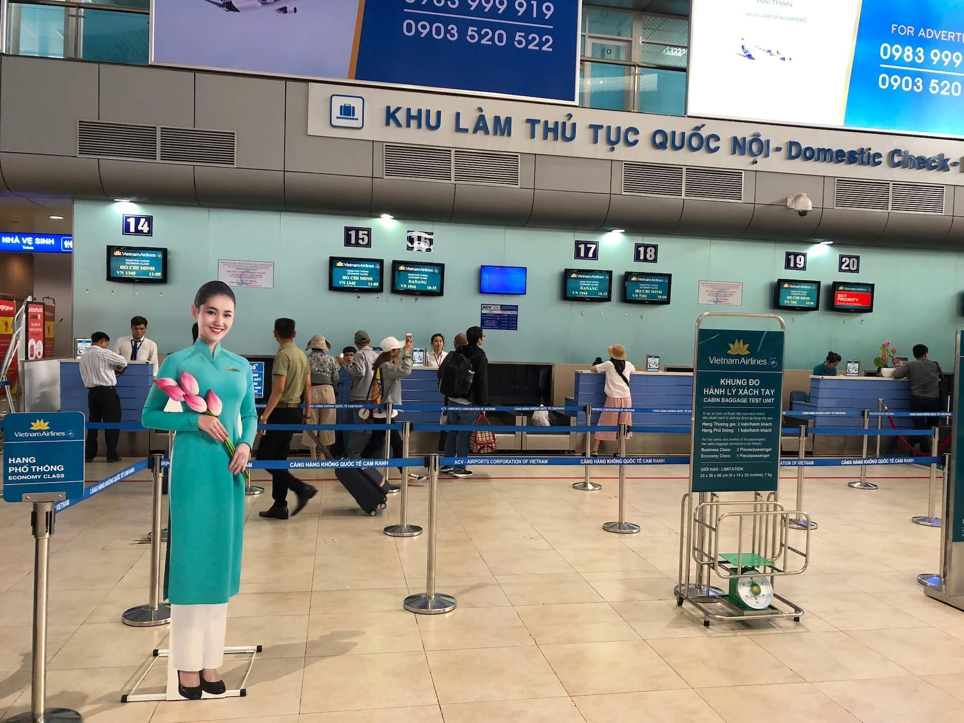 Vietnam Airlines Economy Class Check-In
