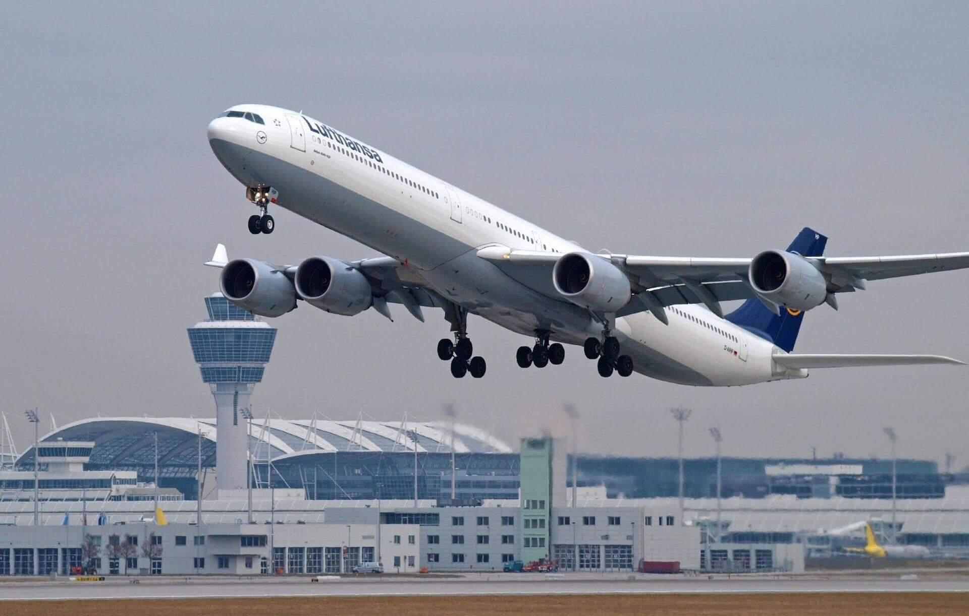 Lufthansa A340-600 Mallorca