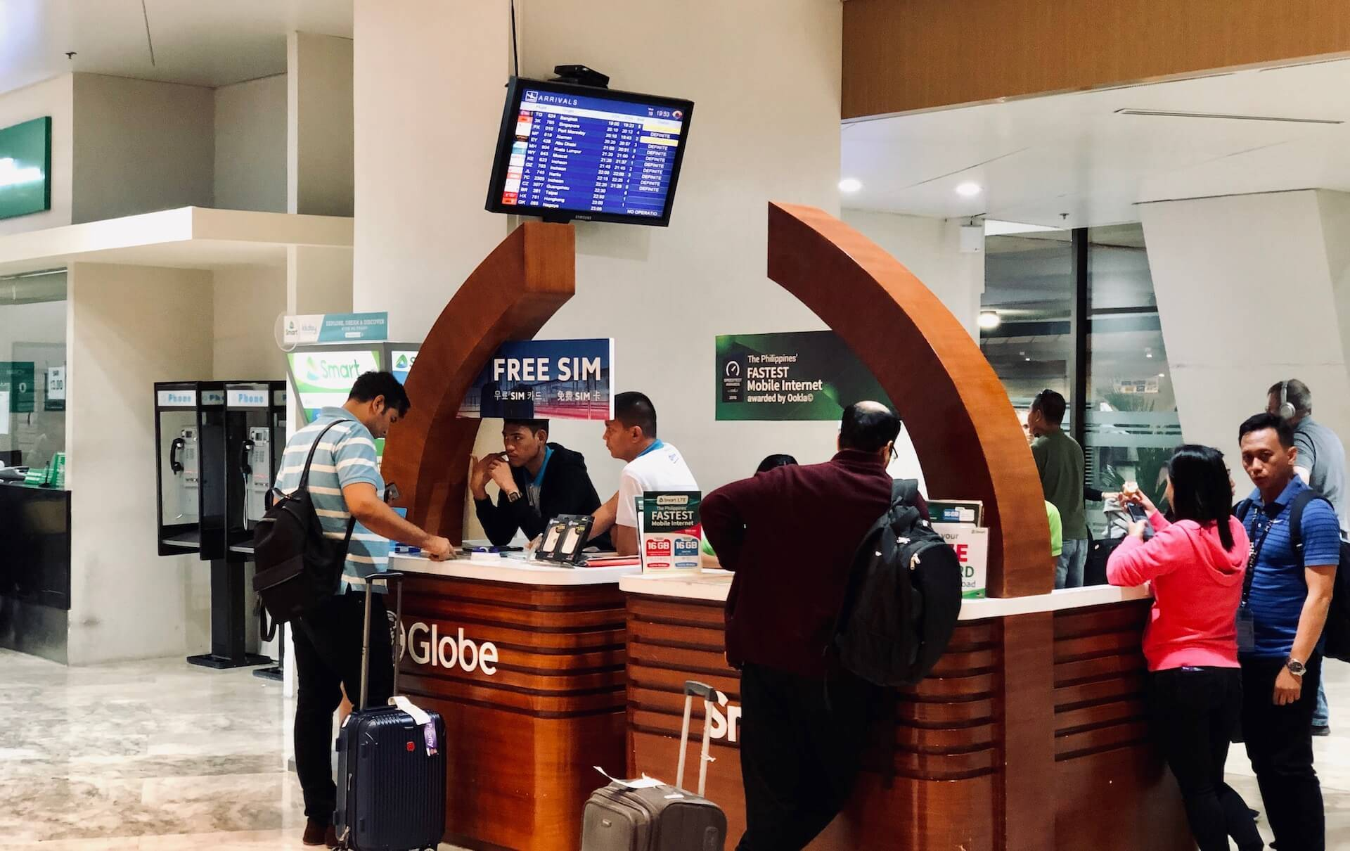 SIM Kartenstand am Terminal 1 Manila