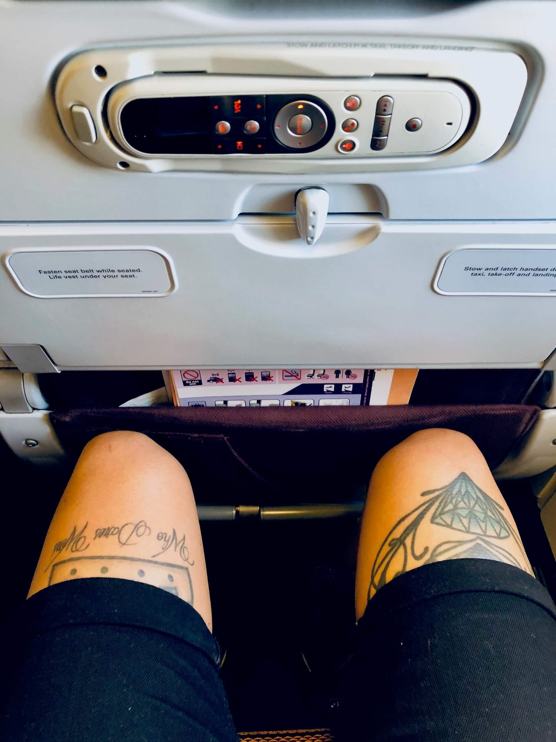 Thai Airways Boeing 777 Economy Beinfreiheit Bangkok nach Manila