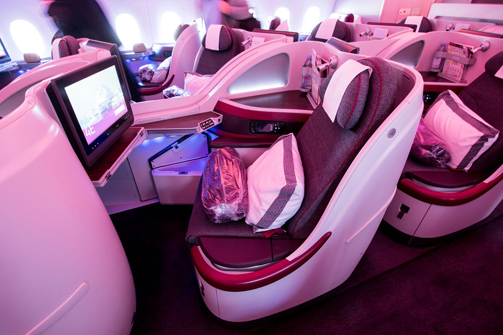 Qatar-Airways-Business-A350-900-4