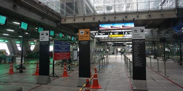 Suvarnabhumi-Airport-Public-Taxis