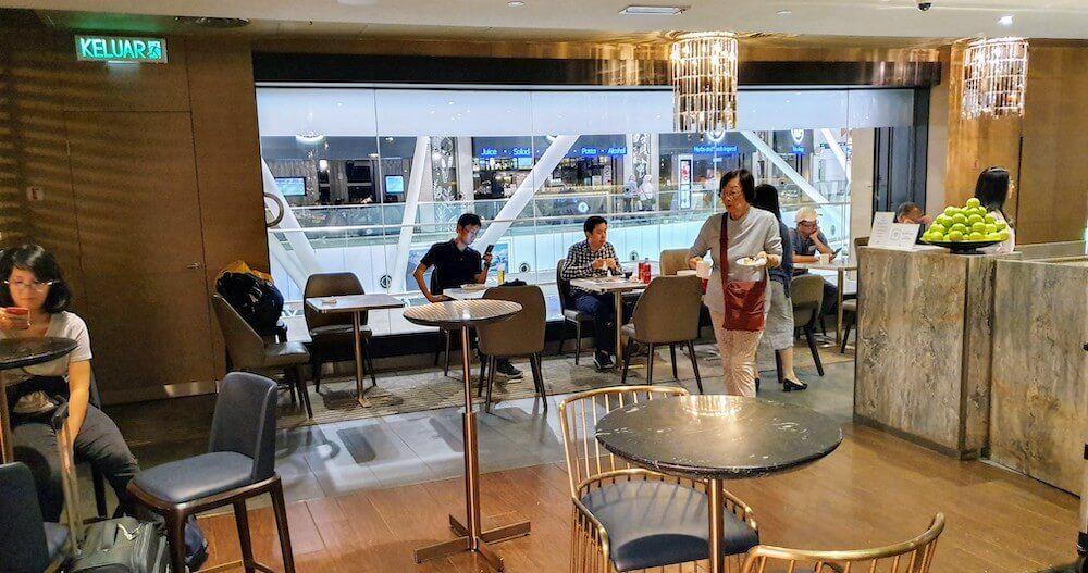 Ambiente der Plaza Premium Lounge KLIA1