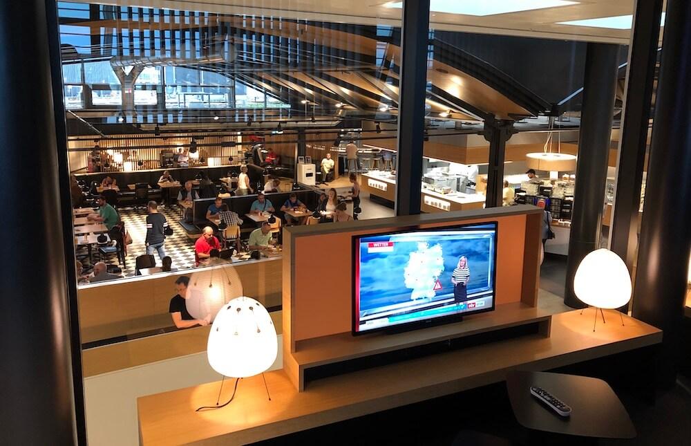 Swiss Business Lounge Zürich Terminal A TV Bereich