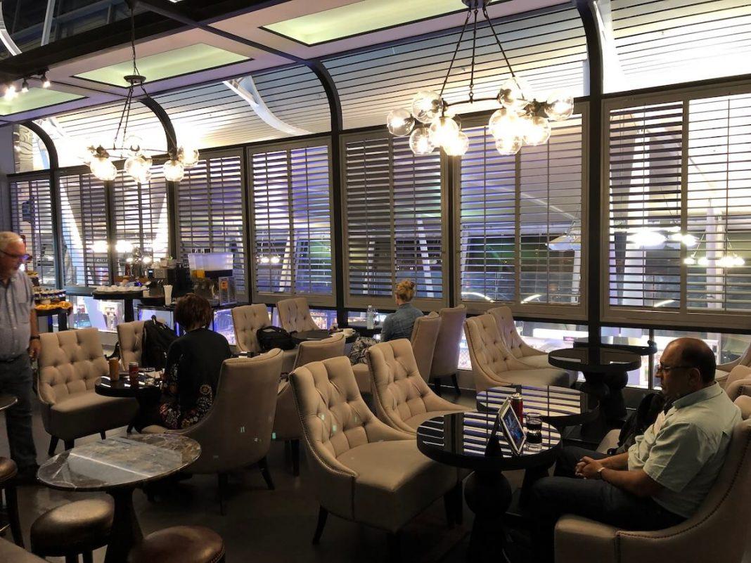 Coral First Class Lounge Phuket - Erfahrungen & Test