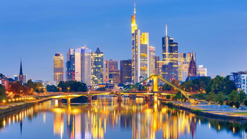 Frankfurt-Mietwagen-Airguru.de